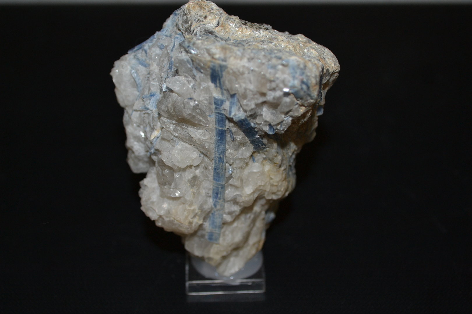 Disthene cyanite aluminosilicate Quartz Brazil