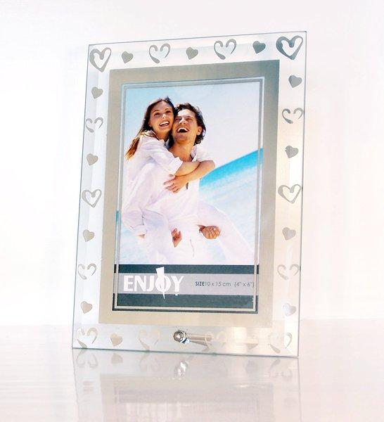cadre photo en verre poli avec des coeurs 2 tailles d 39 image s lectionnables ebay. Black Bedroom Furniture Sets. Home Design Ideas