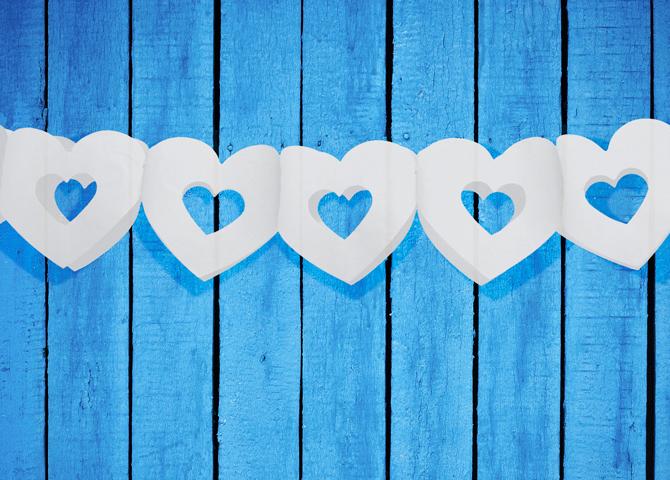 Girlanden mit weissen Herz in Herz Herzen Herzgirlande