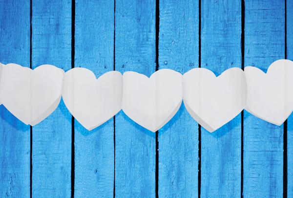 Girlanden mit weissen Herzen Herzgirlande
