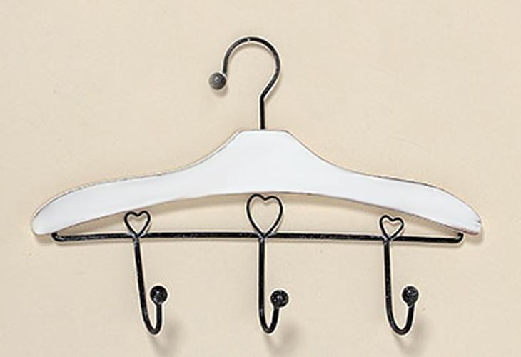 Garderobe in Kleiderhakenform mit 3 Haken Kleiderhaken